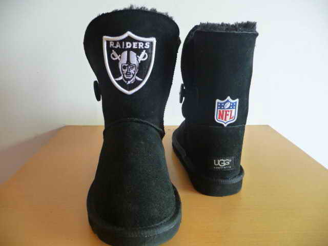 UGG WOMEN NFL Oakland Raiders 2