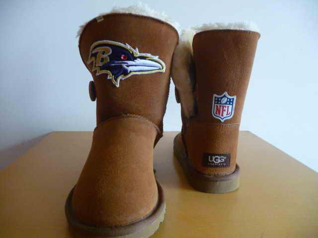 UGG WOMEN NFL Baltimore Ravens 1