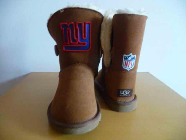 UGG WOMEN NFL New York Giants 2